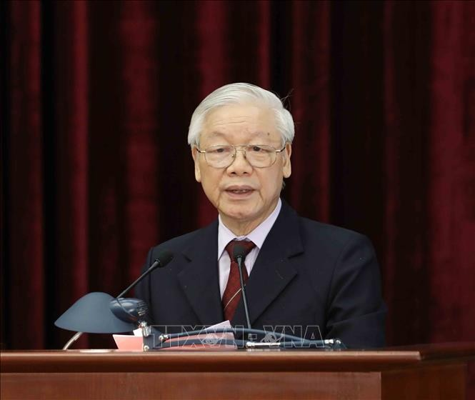 Clôture du 9e plénum du comité central du Parti communiste vietnamien - ảnh 1
