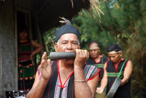 Hommage au portique villageois des M'Nông - ảnh 3