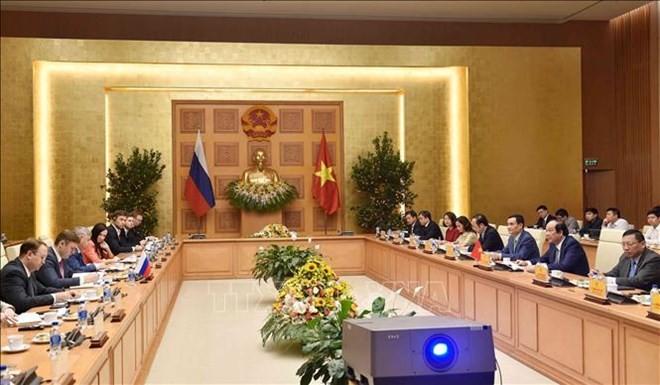 Le Vietnam veut être pionnier dans l'édification d'un gouvernement sans papier - ảnh 1