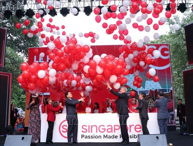 Fête singapourienne à Hanoi - ảnh 1