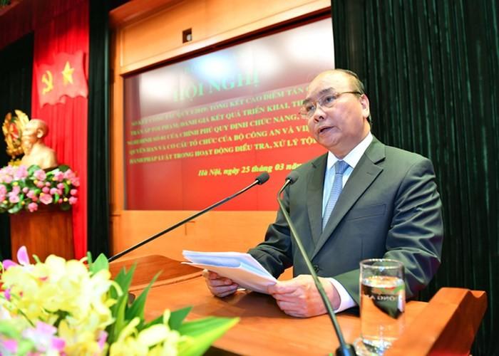 Le Premier ministre à la réunion du ministère de la Sécurité publique - ảnh 1