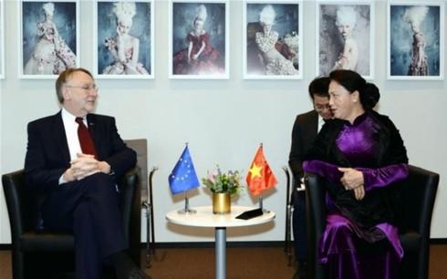 Nguyên Thi Kim Ngân rencontre des responsables belge et européen - ảnh 1