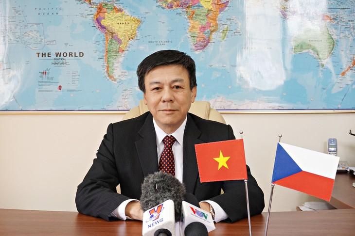 Un nouveau développement des relations Vietnam-République tchèque - ảnh 1