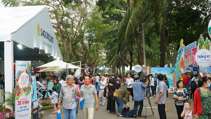 Fête touristique de Hô Chi Minh-ville: plus de 250.000 visiteurs - ảnh 1