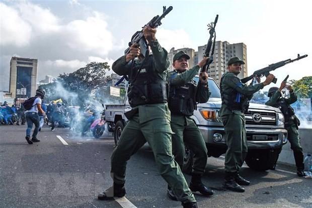 Venezuela : Pompeo discute avec Lavrov et exhorte la Russie à cesser de soutenir Maduro - ảnh 1