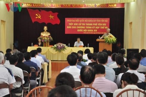Rencontres élus-électeurs à Yên Bái et à Quang Ninh - ảnh 1