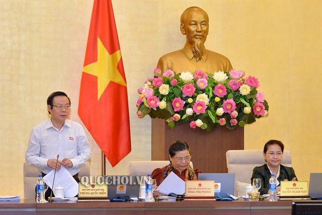 Clôture de la 34e session du Comité permanent de l'Assemblée nationale - ảnh 1