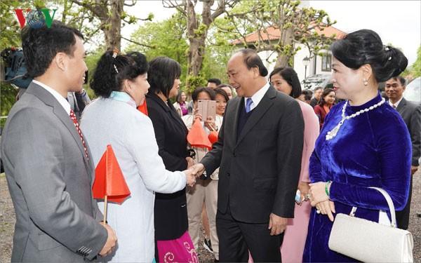 Le Premier ministre Nguyên Xuân Phuc entame sa visite en Suède - ảnh 1
