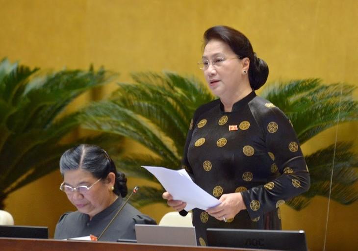 Acara interpelasi pada persidangan ke-7 MN Viet Nam memanifestasikan peranan, tanggung jawab dan hak pengawasan dari  MN - ảnh 1