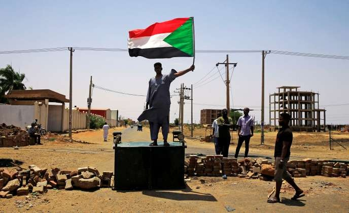 Soudan : l'opposition rejette l'appel à des élections suite à une intervention de l'armée contre les manifestants - ảnh 1