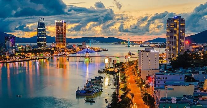 Le Vietnam parmi les 10 meilleurs pays pour les travailleurs étrangers - ảnh 1
