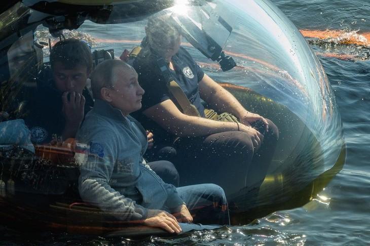 Vladimir Poutine : la marine russe repoussera n'importe quel agresseur - ảnh 1
