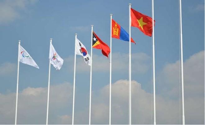 Lễ thượng cờ Đoàn Thể thao Người khuyết tật Việt Nam tại Asian Para Games II  - ảnh 1