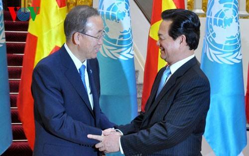 Thủ tướng Nguyễn Tấn Dũng hội kiến Tổng Thư ký Liên Hợp Quốc  - ảnh 1