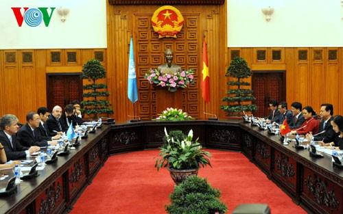 Thủ tướng Nguyễn Tấn Dũng hội kiến Tổng Thư ký Liên Hợp Quốc  - ảnh 2