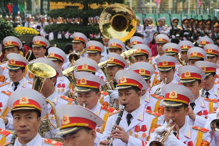 Lễ đón chính thức Tổng Bí thư, Chủ tịch nước Lào tại Hà Nội - ảnh 5