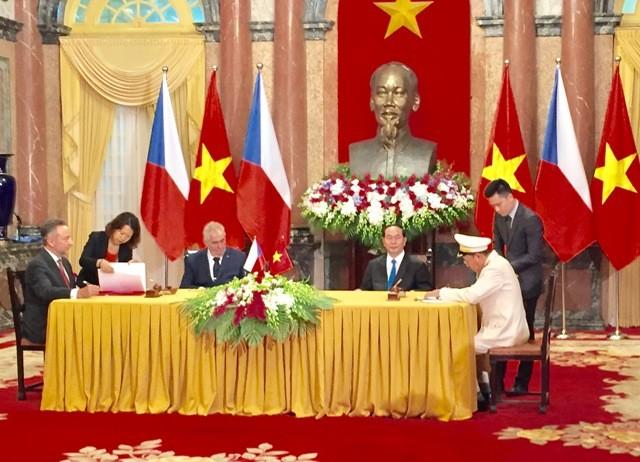 Quan hệ Việt Nam-Cộng hòa Czech tiếp tục phát triển lên tầm cao mới - ảnh 1