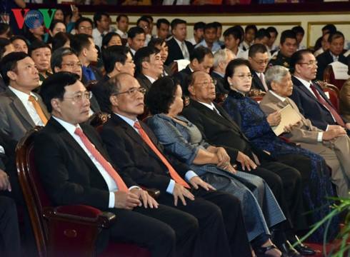 Kỷ niệm trọng thể 50 năm ngày thiết lập quan hệ ngoại giao Việt Nam - Campuchia - ảnh 2
