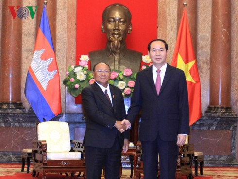 Chủ tịch nước Trần Đại Quang tiếp Chủ tịch Quốc hội Campuchia Samdech Heng Samrin - ảnh 1