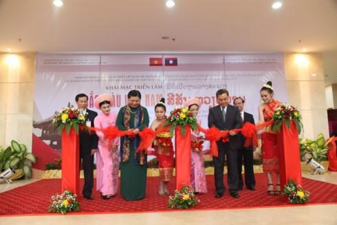Khai mạc những ngày Văn hóa Du lịch Việt Nam tại Lào - ảnh 1