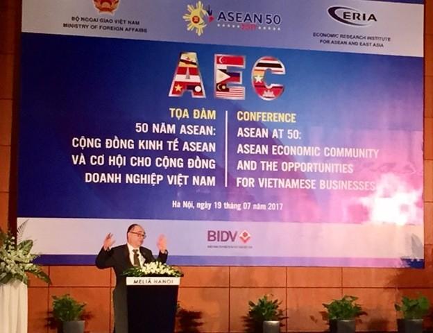 Cộng đồng kinh tế ASEAN (AEC) và cơ hội cho doanh nghiệp Việt Nam - ảnh 1