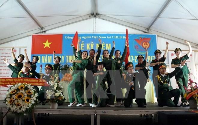 Không gian Văn hóa Việt, điểm hẹn ấm áp của cộng đồng người Việt tại CHLB Đức - ảnh 1