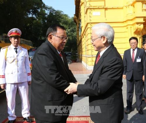 Tình hữu nghị Việt – Lào tiếp tục vững bền  - ảnh 2