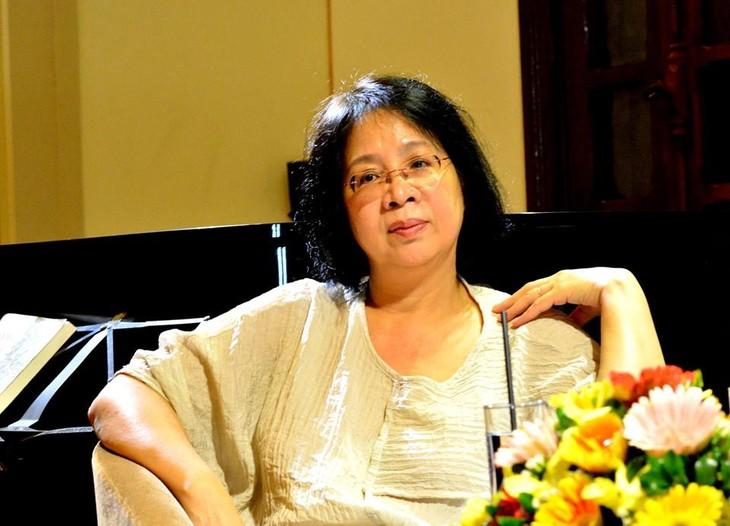 Lê Minh Hà: Tự giải phóng mình khỏi áp lực từ độc giả - ảnh 1