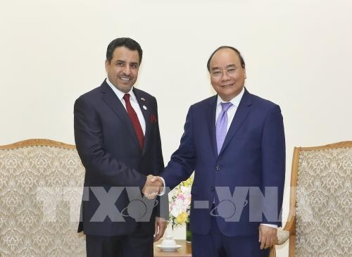 Thủ tướng Nguyễn Xuân Phúc tiếp Đại sứ Các tiểu vương quốc Ả-rập thống nhất - ảnh 1