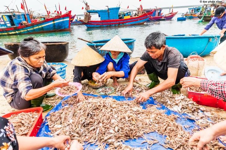 Việt Nam, những bến bờ khác - ảnh 7
