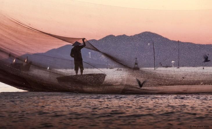 Việt Nam, những bến bờ khác - ảnh 9
