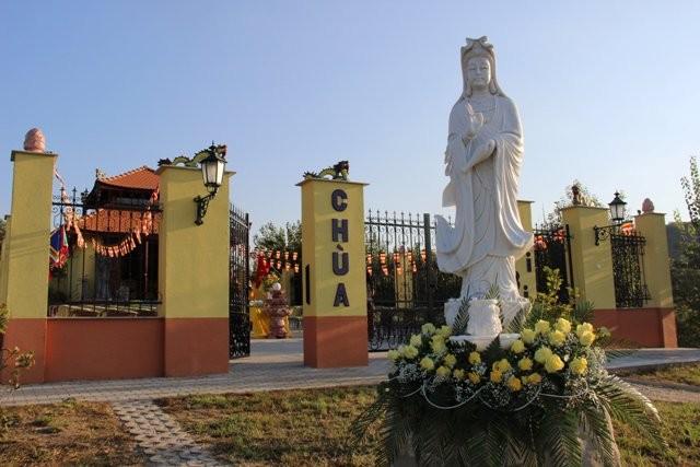 Lần đầu tiên Việt Nam có ngôi chùa được công nhận tại Hungary - ảnh 4