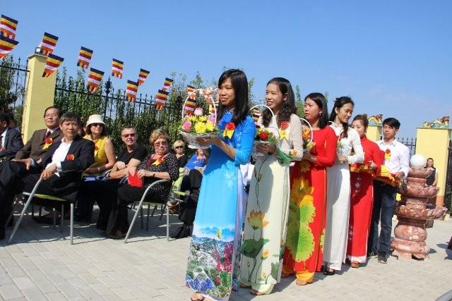 Lần đầu tiên Việt Nam có ngôi chùa được công nhận tại Hungary - ảnh 9