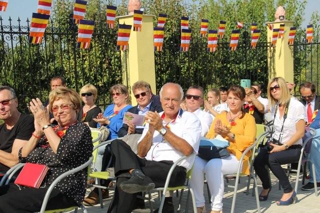 Lần đầu tiên Việt Nam có ngôi chùa được công nhận tại Hungary - ảnh 11