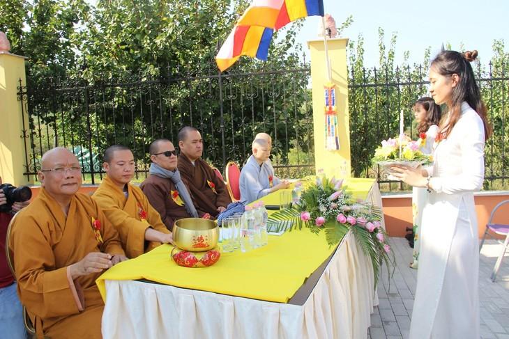 Lần đầu tiên Việt Nam có ngôi chùa được công nhận tại Hungary - ảnh 13