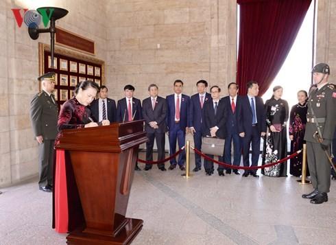 Chủ tịch Quốc hội Nguyễn Thị Kim Ngân hội đàm với Chủ tịch Quốc hội Thổ Nhĩ Kỳ - ảnh 4