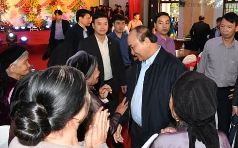 Thủ tướng Nguyễn Xuân Phúc dự Ngày hội đại đoàn kết toàn dân tộc tại tỉnh Bắc Giang - ảnh 1