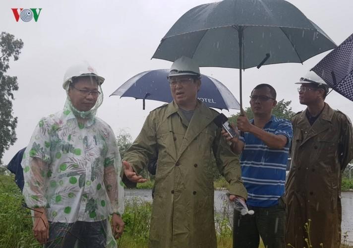 Mưa lũ lớn gây ngập lụt tại một số tỉnh miền Trung - ảnh 2