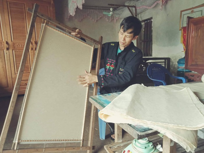 Nghệ thuật làm giấy dó của đồng bào Cao Lan, Bắc Giang - ảnh 1