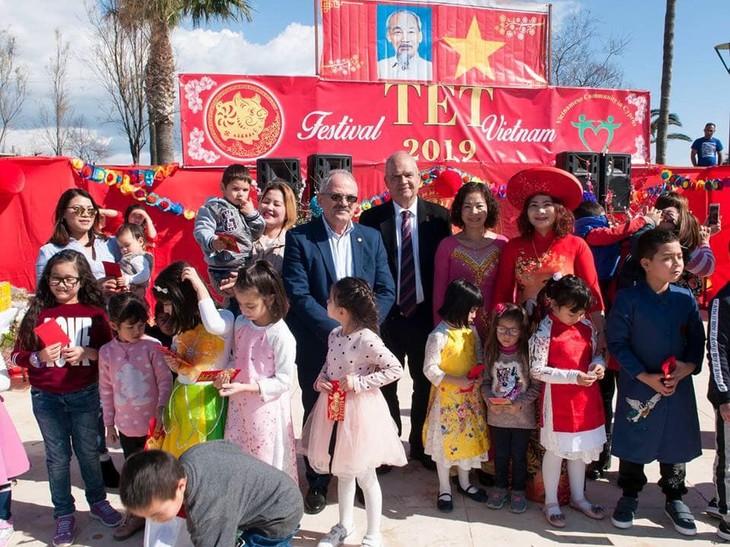 Cộng đồng người Việt tại Síp đón mừng Xuân mới Kỷ Hợi - ảnh 37