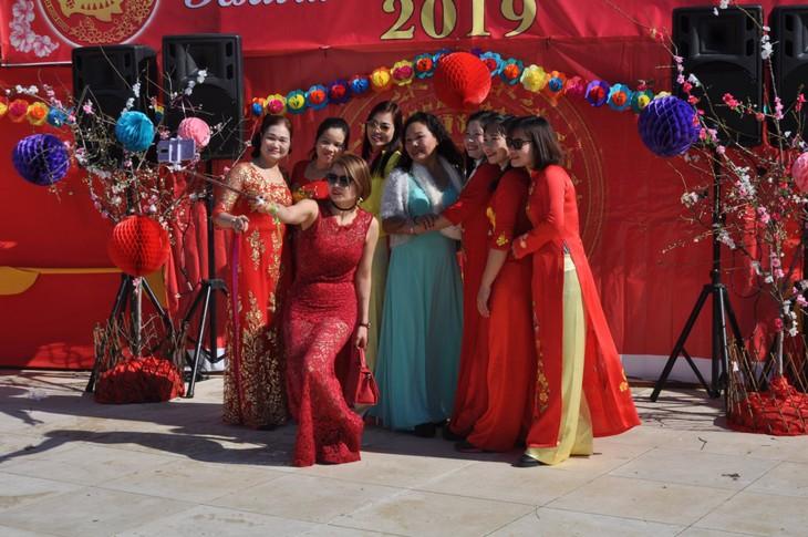 Cộng đồng người Việt tại Síp đón mừng Xuân mới Kỷ Hợi - ảnh 26