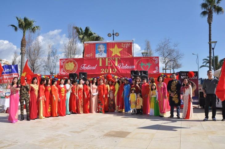 Cộng đồng người Việt tại Síp đón mừng Xuân mới Kỷ Hợi - ảnh 22