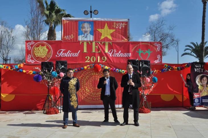 Cộng đồng người Việt tại Síp đón mừng Xuân mới Kỷ Hợi - ảnh 3