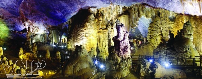จังหวัด กว๋างบิ่ง(Quảng Bình) - จุดนัดพบของนักท่องเที่ยวในภาคกลางเวียดนาม - ảnh 2