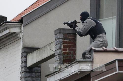 ฝรั่งเศสจับกุมตัวผู้ต้องสงสัย 4 คนที่ถูกสงสัยว่า เป็นสมาชิกกลุ่มญิฮาดในกรุงปารีส - ảnh 1