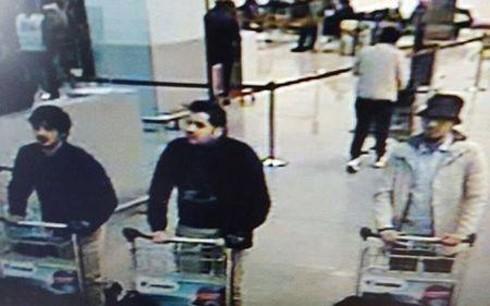 เบลเยี่ยมจับกุมตัวผู้ต้องสงสัยก่อเหตุระเบิดในกรุงบรัสเซลส์ 6 คน  - ảnh 1