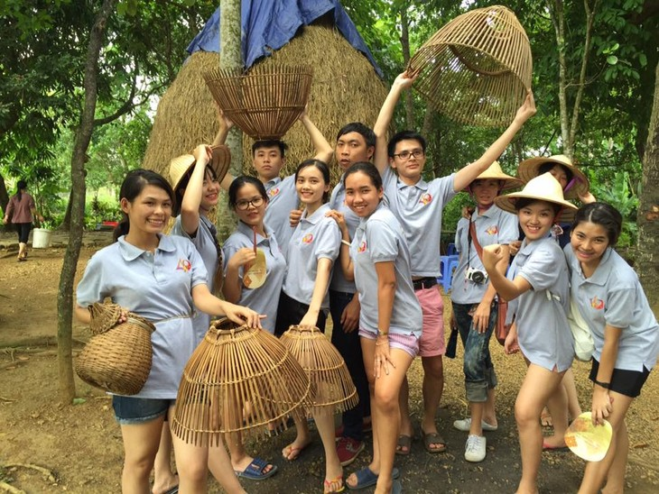 โครงการแลกเปลี่ยนเยาวชนเวียดนาม-ไทยมีส่วนร่วมกระชับสัมพันธไมตรีระหว่างเยาวชนทั้ง 2 ประเทศ - ảnh 3