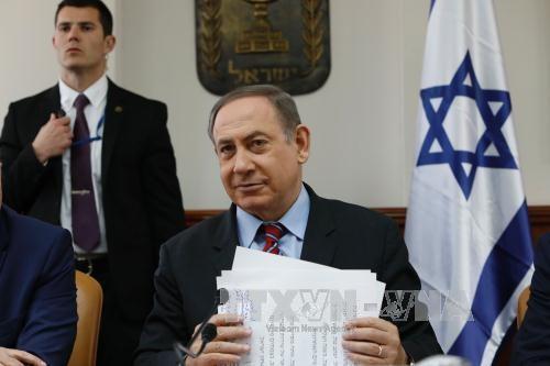 นายกรัฐมนตรีอิสราเอลให้คำมั่นที่จะร่วมมือกับสหรัฐเพื่อสันติภาพในตะวันออกกลาง - ảnh 1