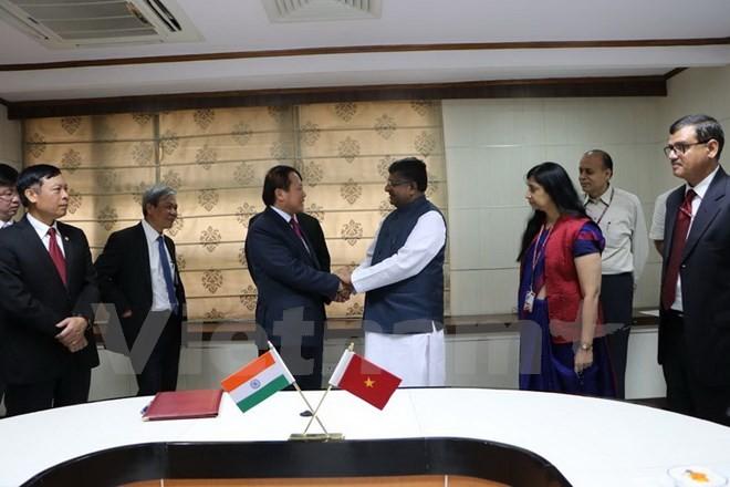 อินเดียพร้อมสนับสนุนเวียดนามพัฒนาเทคโนโลยรสารสนเทศ - ảnh 1