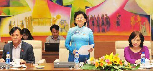 เวียดนาม-บังคลาเทศแลกเปลี่ยนประสบการณ์ด้านการบริหารและจัดทำหลักสูตรการเรียนระดับประถมศึกษา - ảnh 1